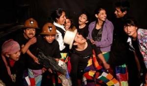 Foto: Elenco del Teatro Trono